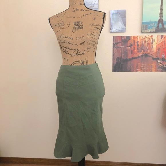 Anthropologie Dresses & Skirts - Anthropologie Elevenses olive godet skirt, Sz. 0